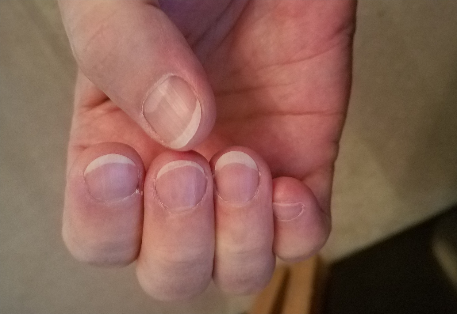 Nail care for bassists - Instruments - indie recording depot